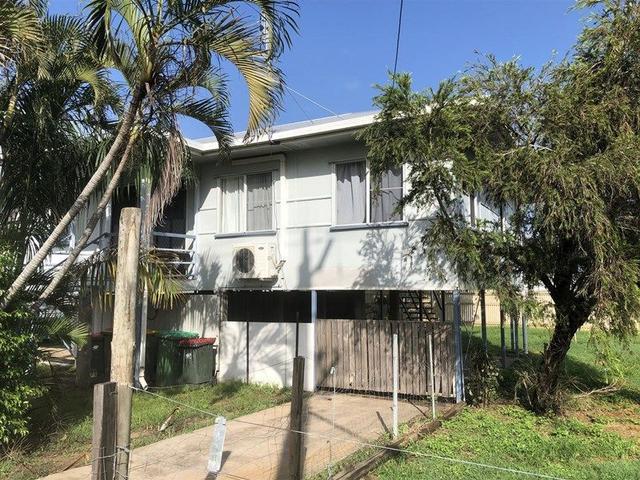 2/15 Ross Street, QLD 4807