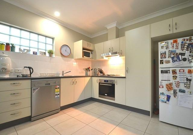 Unit 5/80-82 Lawson St, QLD 4170