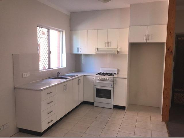 2/11 Meeks Street, NSW 2032