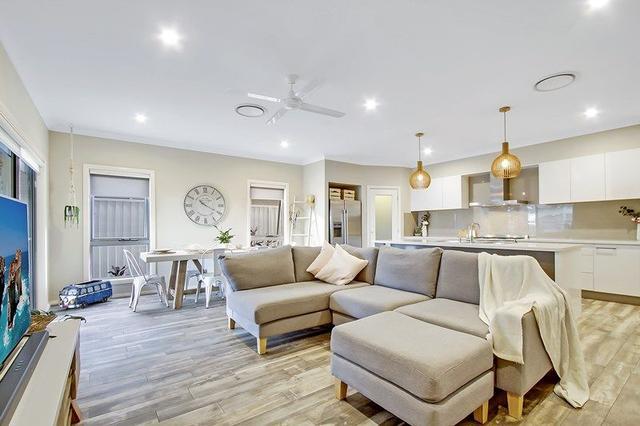 6 Andrew Street, NSW 2765