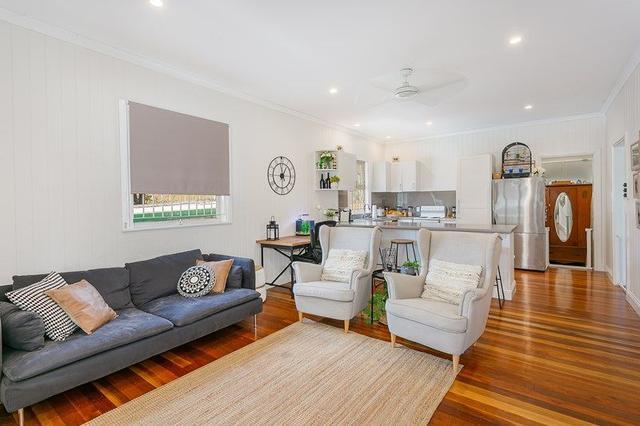 60 Pine Street, QLD 4305