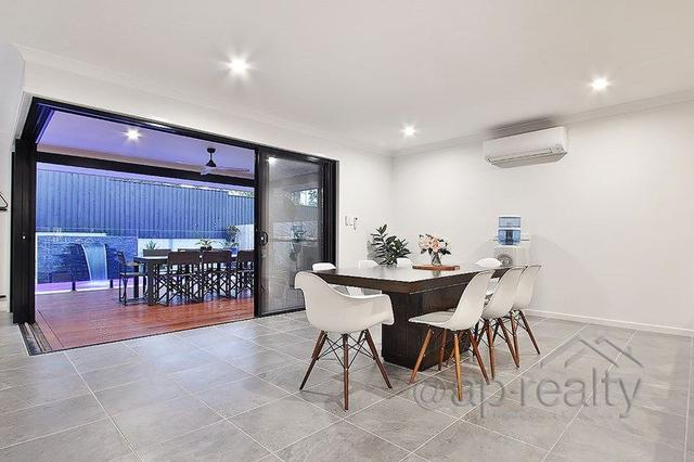 15 Baronet Place, QLD 4110