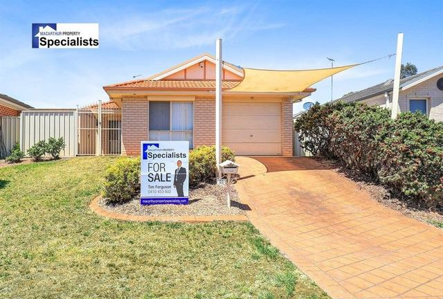 11 Ager Cottage Crescent, NSW 2560