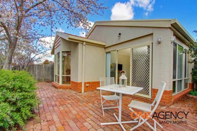2/7 Grounds Crescent, ACT 2900