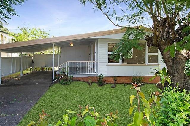 630 Cavendish Road, QLD 4121