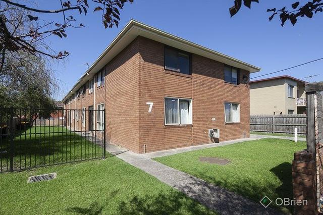 3/7 Hemmings  Street, VIC 3175