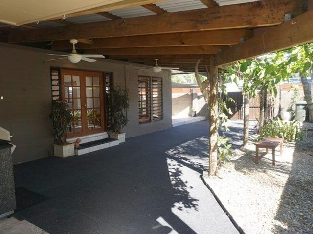 1/84 Mayers Street, QLD 4870