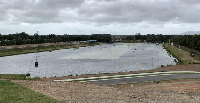 2 Shoreline Crescent, QLD 4878