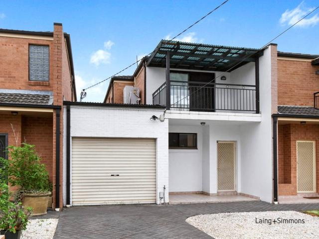 16A The Grove, NSW 2165