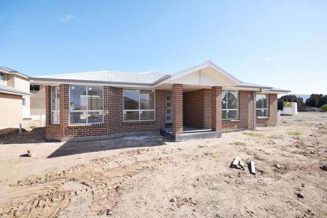 5/4 Dryden Close, NSW 2541