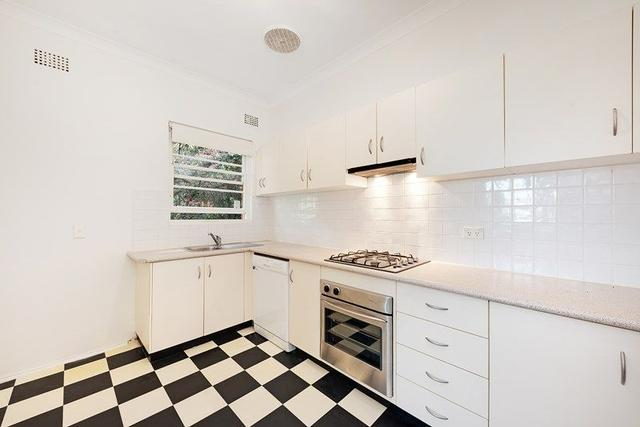 2/42 Pine Street East, NSW 2062