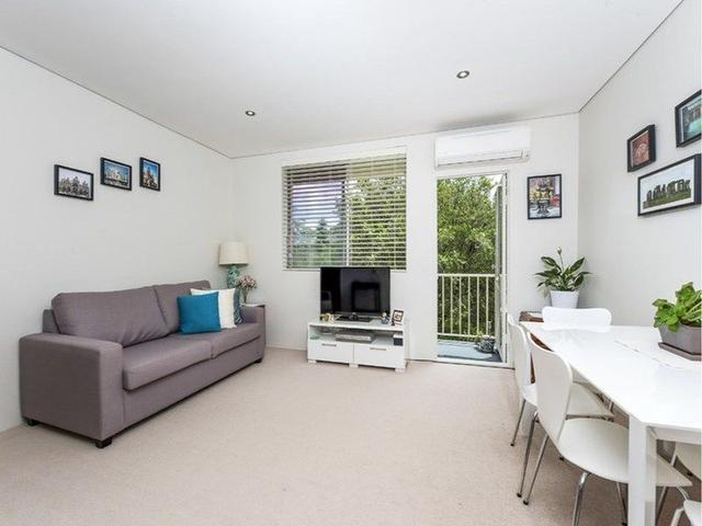 27/105 Burns Bay Road, NSW 2066