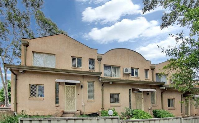 2/165 Chapel Road, NSW 2200