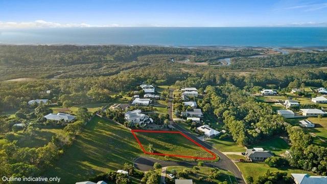 8 Edgewater Court, QLD 4655