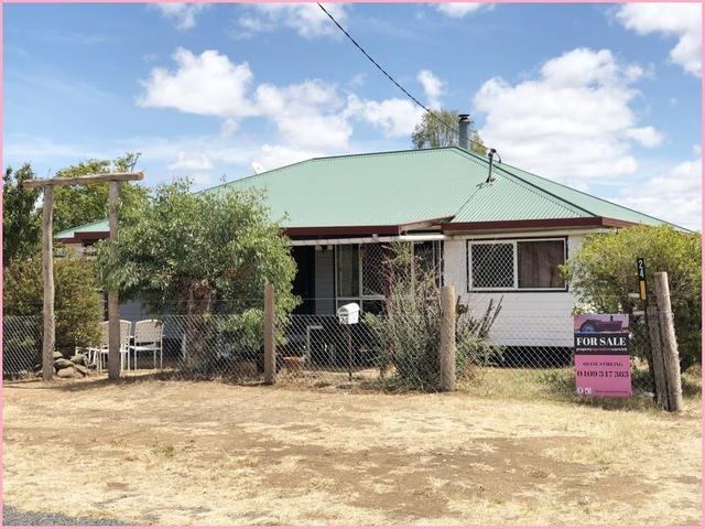 24 Watts St, QLD 4370