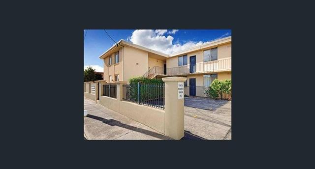 2/82 Raleigh Road, VIC 3032
