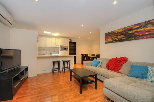 1/34 Kangaroo Avenue, QLD 4216