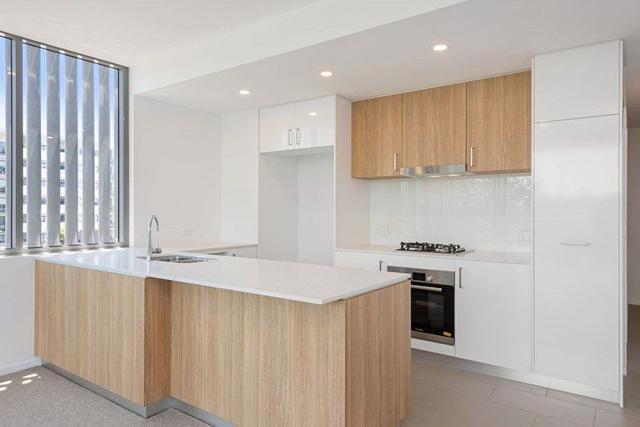 304/54 Lincoln Street, QLD 4120