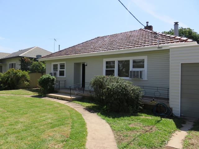18 Cook Street, NSW 2333
