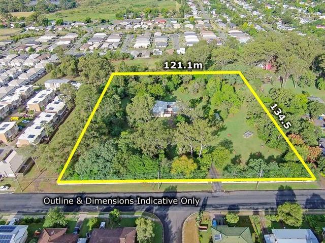 33 River Road, QLD 4304