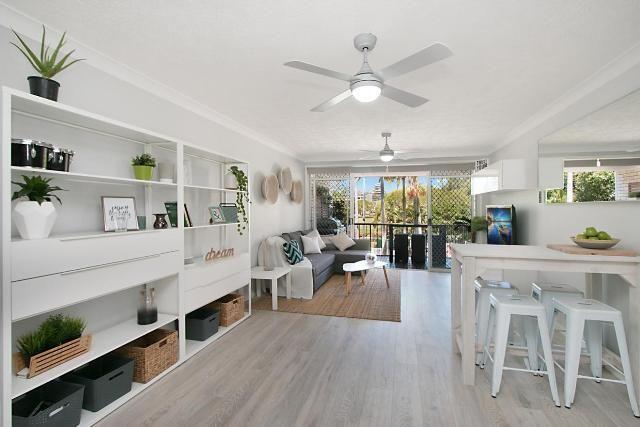 9/54 Dutton St, QLD 4225