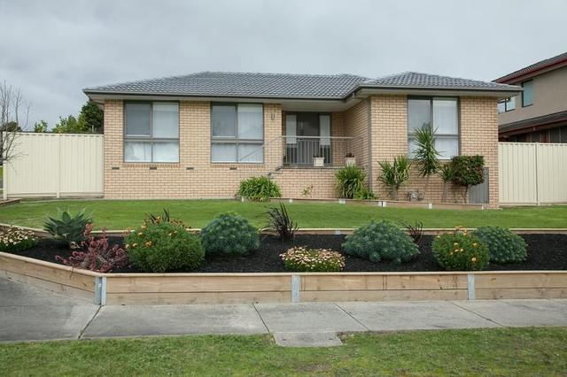2 Axedale Crescent, VIC 3802