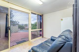 Entry/Sitting Room