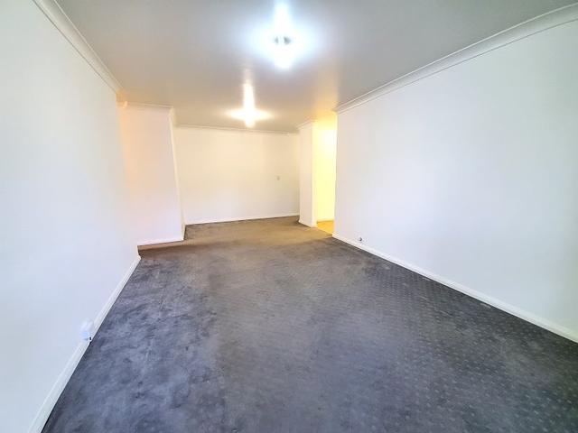 17/14 Melanie Street, NSW 2199