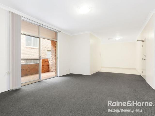 2/80 Noble Street, NSW 2218