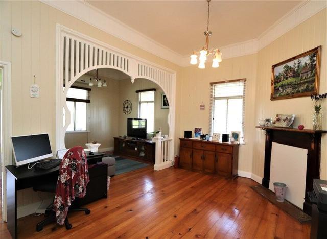 16 Pine Street, QLD 4373