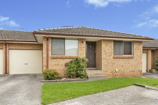 2/108 Oxford Road, NSW 2565