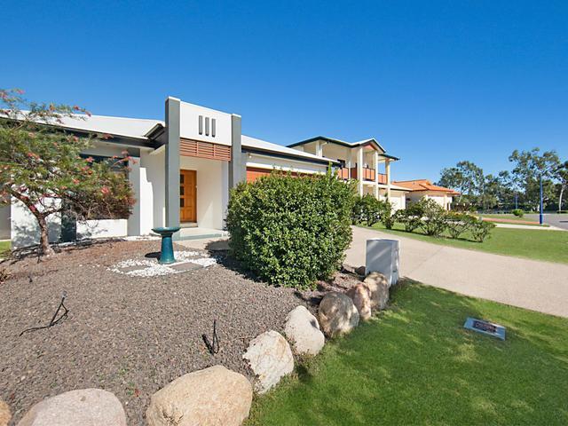 4 Lord Howe Promenade, QLD 4814