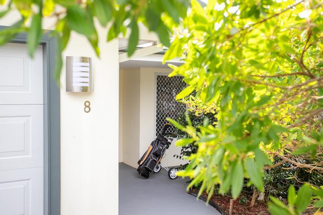 8 Everett Court, NSW 2539