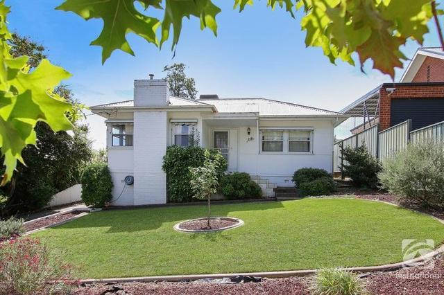 318 Donovan Street, NSW 2640