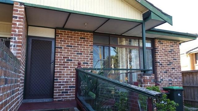2/142 Heathcote Road, NSW 2170