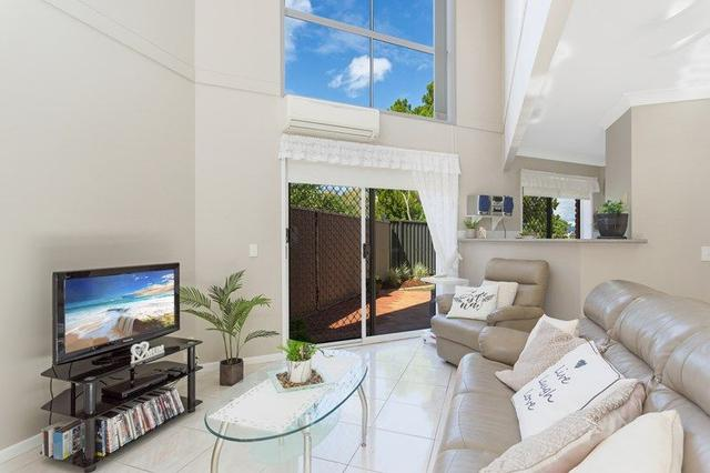 10/173 Barrier Reef Drive, QLD 4218