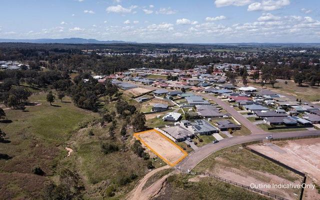 14 McMahon Way, NSW 2330