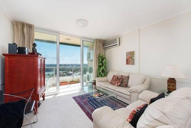32/10 Carr St, NSW 2060