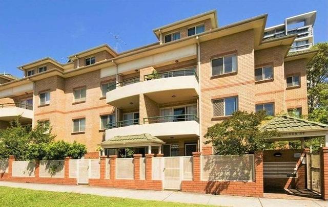 4/2 Wilson Street, NSW 2067