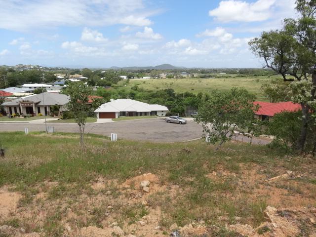 12 Craigie Court, QLD 4805