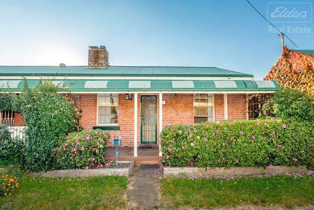 2/76-78 Macquoid Street, NSW 2620