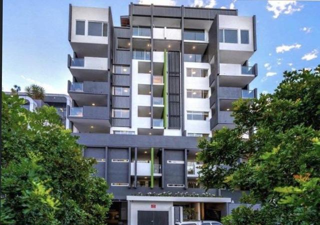 8 Kyabra Street, QLD 4006