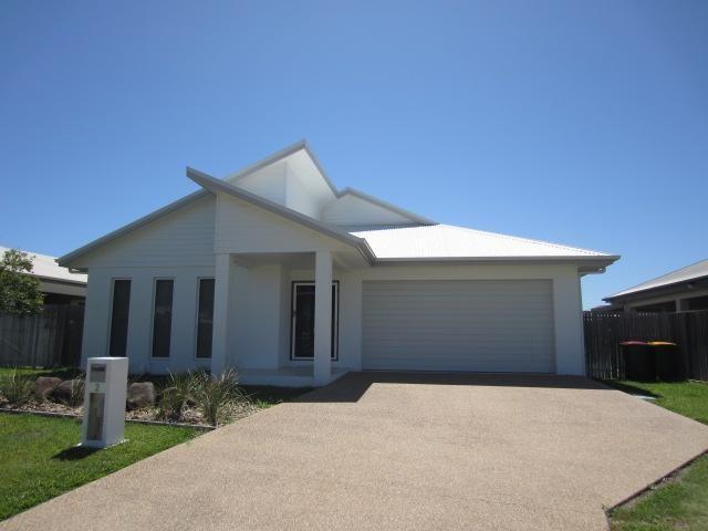 2 Arafura Close, QLD 4818