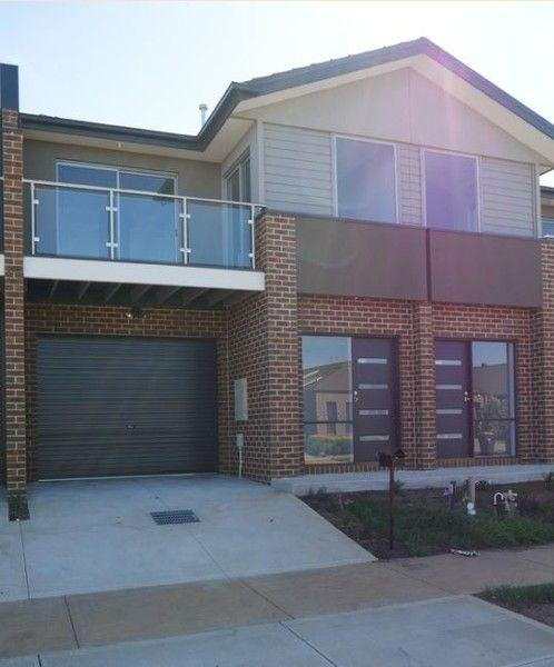 2/14 Marble Drive, VIC 3338