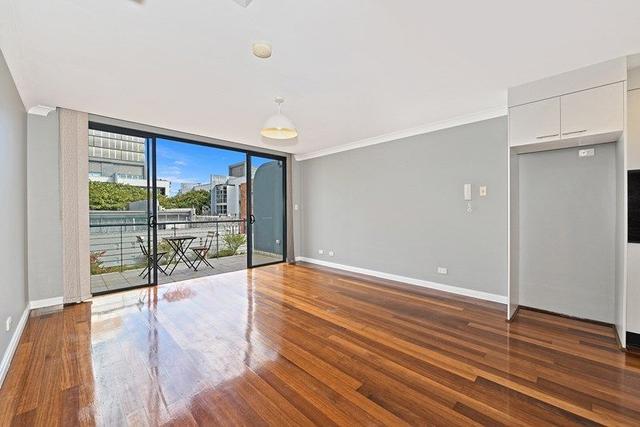 10/2-6 Dunblane Street, NSW 2050