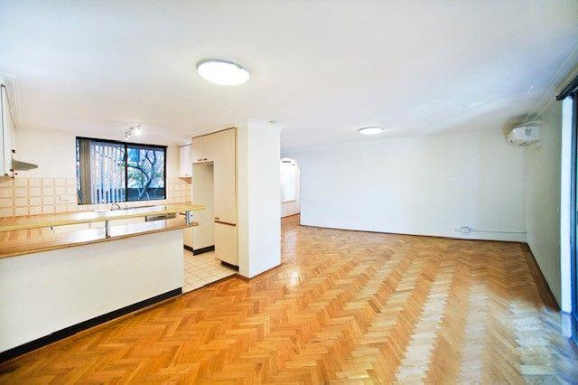 2/102c Lower St Georges  Crescent, NSW 2047