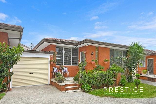 2/34 Connemarra Street, NSW 2207