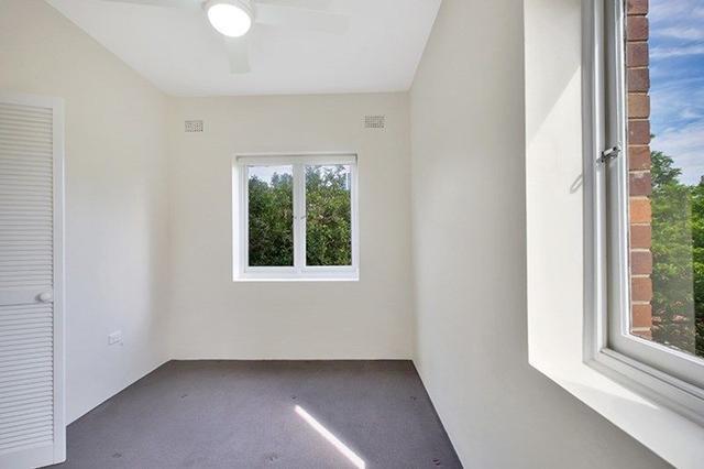 13/2 Colindia  Avenue, NSW 2089