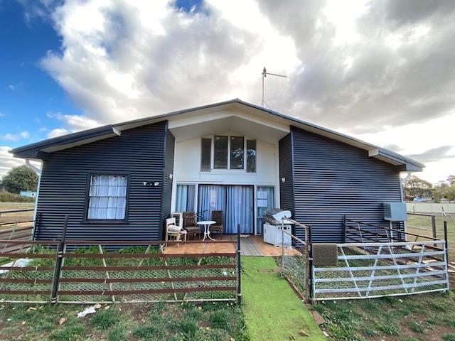 20 Kirke Street, NSW 2631