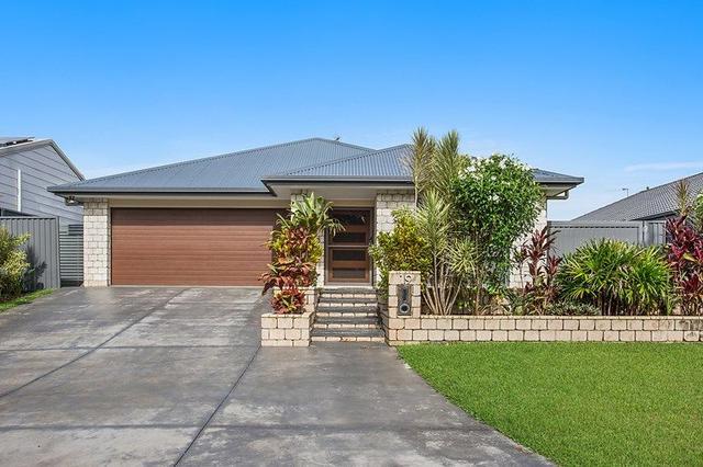 19 Fraser Drive, NSW 2486